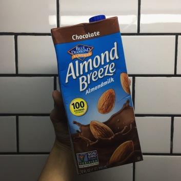 Blue Diamond Almond Milk: Chocolate